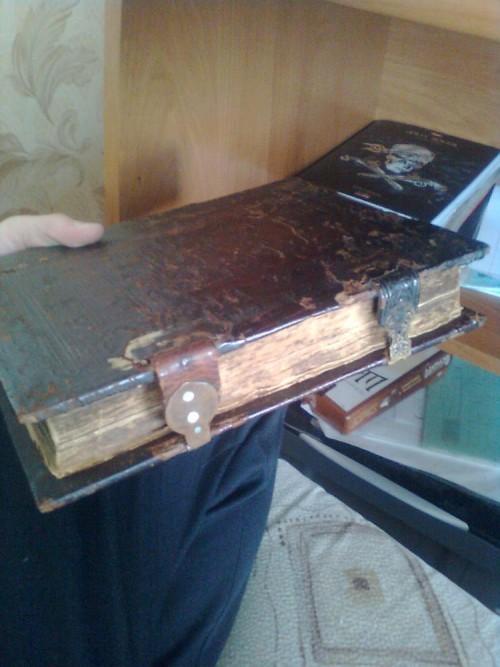 `Жизнь и чудеса Николая чудотворца` неизвестен. издание 1643 года , Москва , переиздано в 1872